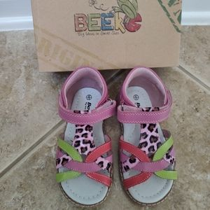 Beeko new with box genuine leather toddler girls s